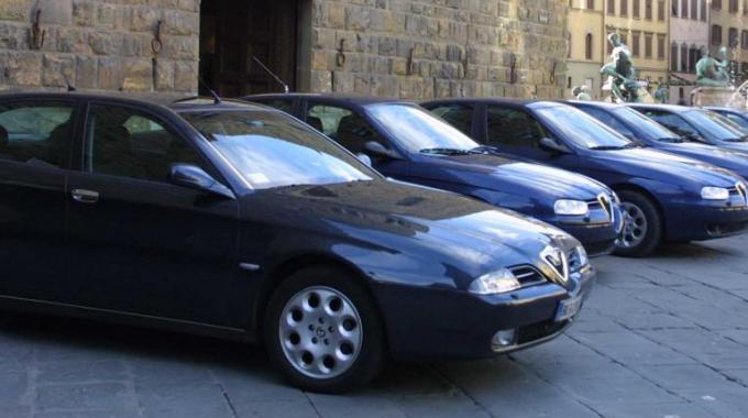 Regione taglia autoblu con noleggio for Noleggio cabina julian dal proprietario