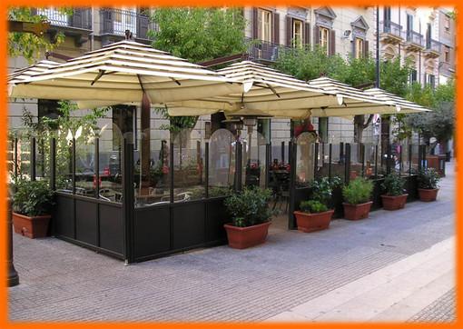 Tavolini e dehors solo per bar e ristoranti