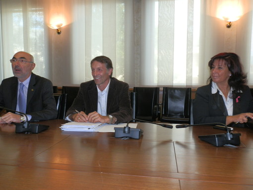 I consiglieri pidini Gianni Rigo, Raimondo Donzel e Carmela Fontana in una conferenza stampa nel 2013