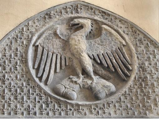 La rivoluzione dell'Aquila di Calimala ha dato lo sveglione alla Giunta Lavevaz