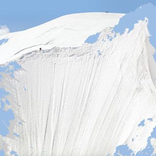 Una delle immagini di Olivo Barbieri in  mostra ad Aosta
