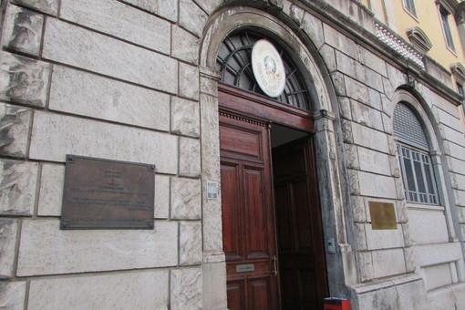 Documenti falsi ai poliziotti, moldavo patteggia un anno di carcere