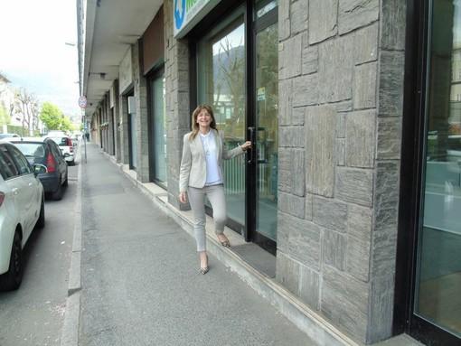 CASA SUBITO IN VALLE D'AOSTA: Negozio con 2 vetrine ad Aosta, via Saint Martin de Corléans