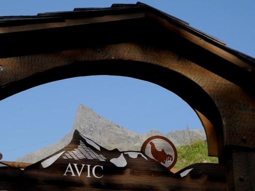 MONTAGNA VDA: L'anello del Rifugio Barbustel (Champdepraz)