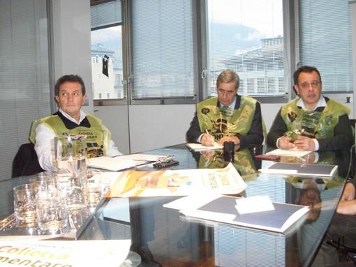 L'assessore Mauro Baccega, il presidente della Regione Antonio Fosson e quello del Celva Franco Manes