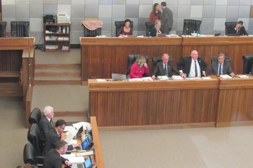 Record di punti all'ordine del giorno, il Consiglio Valle sfiora quota 100