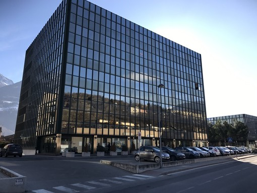 La sede della Chambre valdotaine in regione Borgnalle ad Aosta