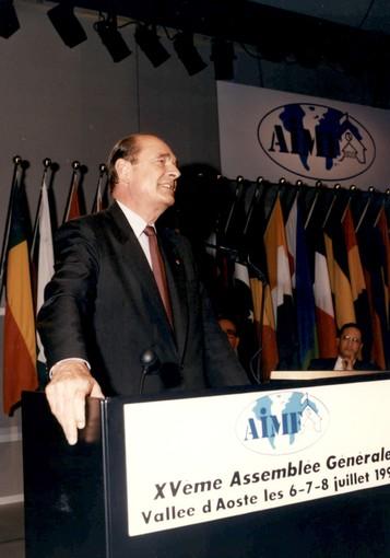 Les Présidents Fosson et Rini saluent la mémoire de Jacques Chirac