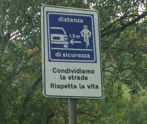 A Fenis e St-Marcel ciclisti più sicuri con 'un metro e mezzo dalla vita'
