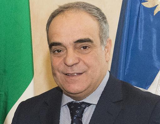 Il sottosegretario alla Difesa, Giulio Calvisi.