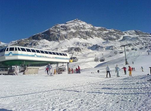 Regioni alpine propongono aprire sci solo a ospiti alberghi o seconde case