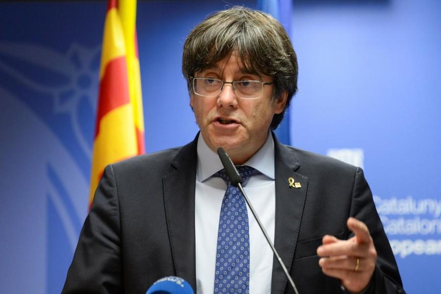 Solidarietà di Alliance Valdôtaine ai Parlamentari europei catalani -  Valledaostaglocal.it