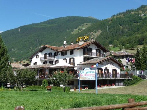 L'Hotel 'Col Serena' a Etroubles cerca una nuova, giovane gestione