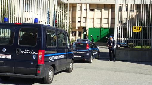 Maxi rissa al carcere di Brissogne, detenuti feriti ma gli agenti sedano le violenze