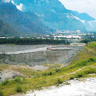 Comitato 'La Valle non è una discarica' denuncia incapacità statale di gestire i rifiuti