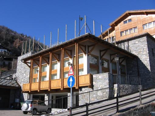 Gignod: Investiti quasi 40mila euro per nuovi serramenti scuole