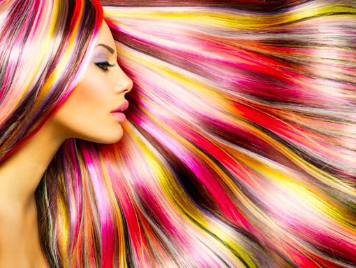Durante il chiuso tutto vendite boom di coloranti per capelli, crollano vendite profilattici