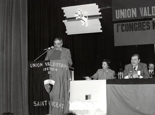 Marino Pasquettaz in un suo intervento a un'assemblea dell'Uv negli anni Settanta