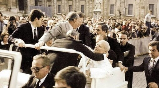 40 anni fa l'attentato a Papa Wojtyla in piazza San Pietro