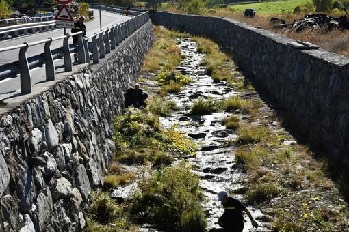 Gressan: Da lunedì 2 novembre pulizia alveo torrente Gressan