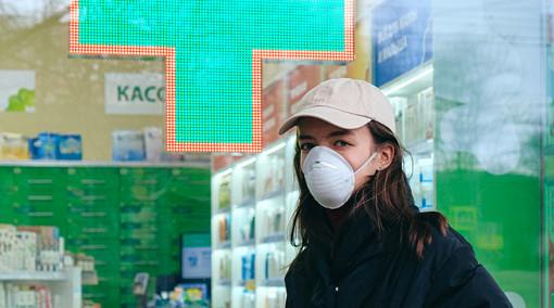 Covid-19, Ordinanza Protezione civile su vendita mascherine e altri DPI al dettaglio nelle farmacie