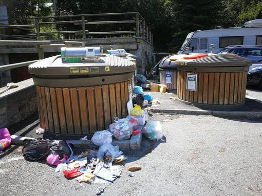 Nelle foto il centro espostivo rifiuti a Planet