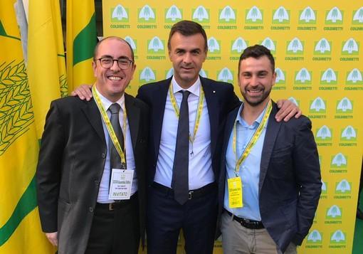 Il neo presidente di Coldiretti, Ettore Pradini, con Richard Lanièce (sn) e Alessio Nicoletta presidente Condiretti VdA