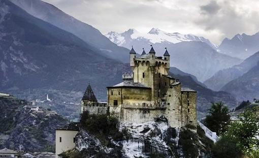 Per il Castello di St-Pierre 'doppio percorso' con recupero storico e Museo naturale