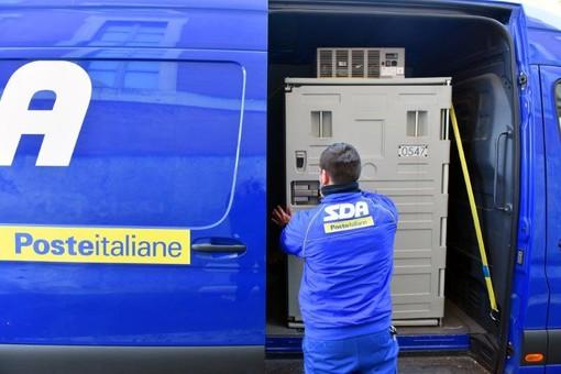 Vaccino AstraZeneca arrivato in Valle con Poste Italiane