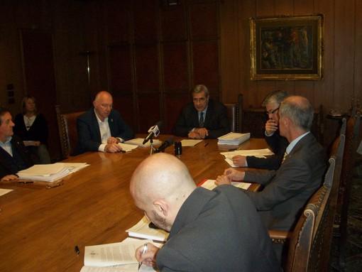 L'assessore alle Finanze Rnzo Testolin ed il presidente Antonio Fosson alla presentazione del bilancio previsionale 2020