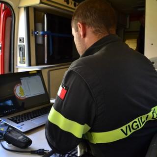 La centrale operativa mobile dei Vigili del fuoco