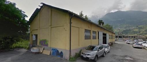 L'autolavaggio in via Carducci ad Aosta