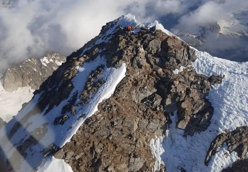 Gli alpinisti in difficoltà sulle Jorasses