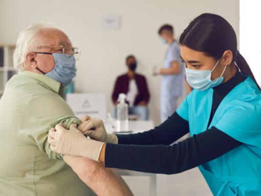 'In Valle nessun furbetto dei vaccini' - CONFERENZA STAMPA IN DIRETTA VIDEO