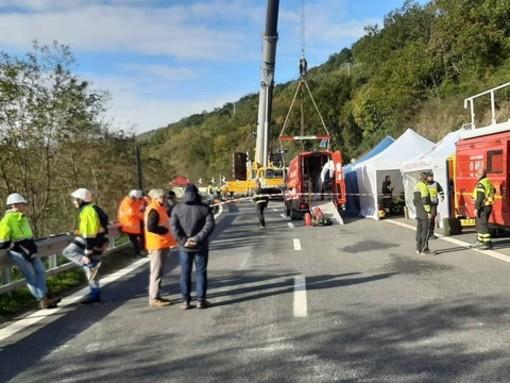 Disagi e pericoli sulle autostrade: il Governatore ligure chiede esenzione pedaggio, arriva un misero sconto solo tra Pietra e Finale Ligure