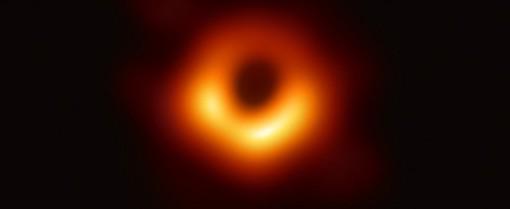 A' Saint-Vincent soirée sur trous noirs dans Univers