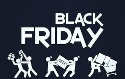 Black Friday, consumatori attratti dallo shopping online e dagli acquisti impulsivi