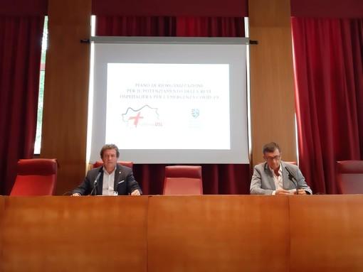 L'assessore Mauro Baccega e il commissario Usl VdA, Angelo Pescarmona