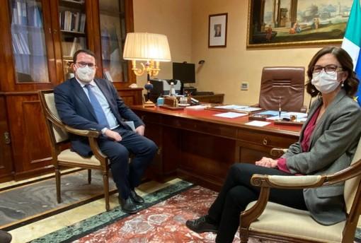 Marco Bussone e il Ministro Maria Stella Gelmini