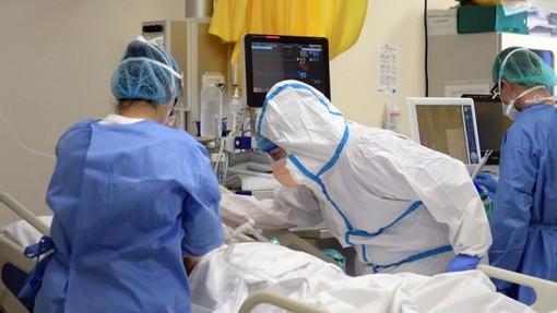 Il virus rischia di aggravare pazienti con patologie croniche