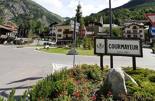 Union Valdôtaine de Courmayeur Mont-blanc 'La parole aux electeurs'