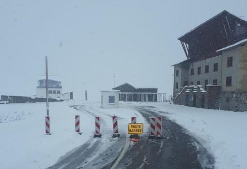 Tunnels ouverts mais cols férmés pour la neige en Haute Savoie