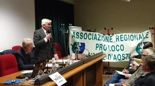 Pericle Calgaro ad un'Assemblea delle Pro Loco della Valle d'Aosta