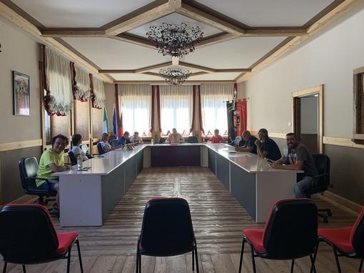 Una seduta del Consiglio comunale di Charvensod
