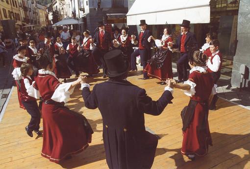 A Doues l'appuntamento con Le Comité des Traditions Valdôtaines