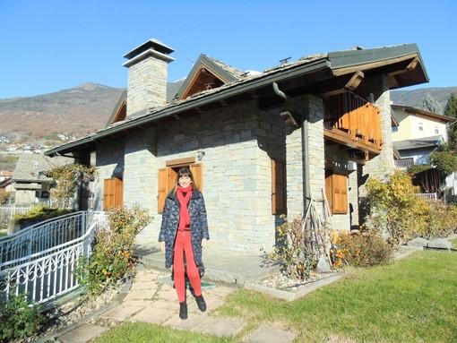 CASA SUBITO IN VALLE D'AOSTA: Villa indipendente in vendita a Saint Christophe, loc. Nicolin