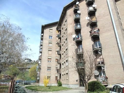 CASA SUBITO IN VALLE D'AOSTA: Alloggio da arredare in affitto ad Aosta, Corso Ivrea
