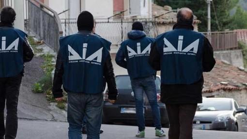 'Ndrangheta, confiscati anche in Valle dalla Dia beni per quattro mln a un commercialista