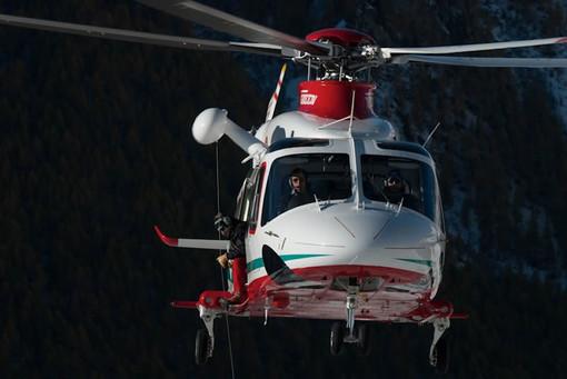 Intervento sulla vetta del Mont Mary per arresto cardiaco atleta