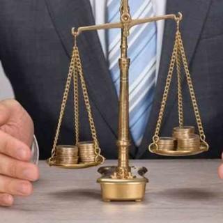 Consiglio Valle approva legge su equo compenso professionisti